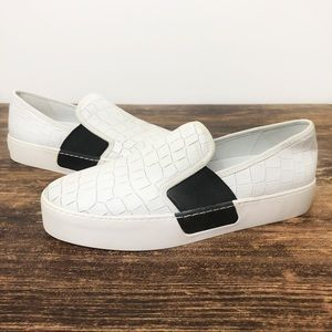 NEW 1 State Slip On Loafers White Textured